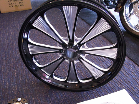Sinister 8 Billet Wheel   コントラストカット